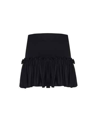 Nur Karaata Plaj Eteği Siyah